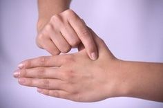3 magické body na dlani: Spoznajte ich silu! Cracked Heels Treatment, Acupressure, Health Advice, Health Fitness, Relax, Women's Fashion, Healthy, Medicine, Crunches