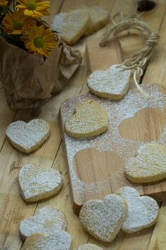 corazones-vainilla-thermomix-san-valentin Crackers, Valentines Day, Cupcakes, Cookies, Erika, Sweets, Recipes, Amor, Deserts