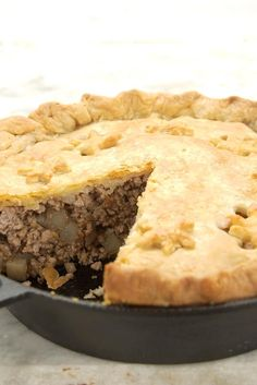Christmas Tourtiere Recipe For such a simple meat-filled pie, tourtière certainly has a vast number of different incarnations! As one French baker we know says, La Tourtiere, Tourtiere Recipe Quebec, French Meat Pie, French Pork Pie Recipe, French Canadian Meat Pie Recipe, Meat Recipes, Cooking Recipes, Curry Recipes, Gourmet
