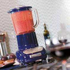 Artisan Blender/Standmixer mit 1,5l Glasbehälter und Soft-Start-Funktion für besonders sauberes Mixen.