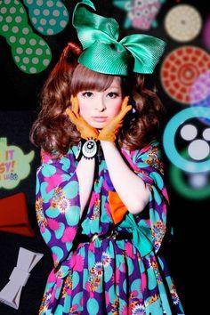 Kabuki, Harajuku Fashion, and Kyary Pamyu Pamyu - Live Taos Harajuku Girls, Harajuku Mode, Japanese Street Fashion, Tokyo Fashion, Harajuku Fashion, Asian Fashion, Kyary Pamyu Pamyu, Kei Visual, Punk