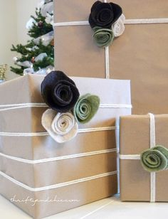 Gift wrapping felt flowers. #presents #packaging #simple #christmas #birthday #string #twine