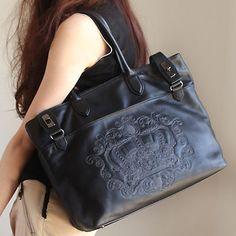 ミラノから注目を集め続ける繊細な刺繍のアートバッグ 大谷リュウジデザインEYEs(アイズ)