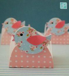 passarinho-latinha-rosa-com-azul