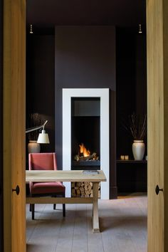 'Modern Classic Homes' Home Series Beta-Plus Office With Fireplace, Modern Fireplace, Fireplace Design, Minimalist Fireplace, Contemporary Interior, Modern Interior Design, Interior Architecture, Interior And Exterior, Black Rooms