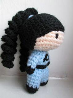 Free female superhero crochet pattern
