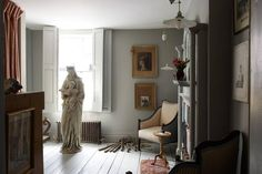 Patrick Williams of Berdoulat Design restored Victorian Flat | House & Garden F&B Lamp Room Gray