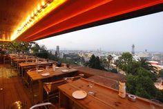 Restaurante Martínez, Barcelona. Impresionante ubicación de este nuevo restaurante (julio-2013) ubicado en Montjuic del mismo dueño del Bar Cañete. La críticas dejan muy, muy bien su exquisita paella.