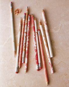 These are gorgeous. Marbelized pencils via Martha Stewart.