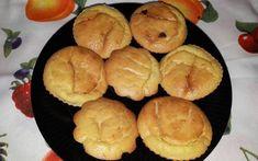 Brioșe cu portocală și semințe decorticate de cânepă Muffin, Cupcakes, Breakfast, Food, Bebe, Morning Coffee, Cupcake Cakes, Essen, Muffins