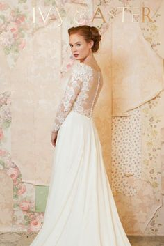 Blooming Bouquet wedding dress from IvyAndAster Spring 2016   itakeyou.co.uk
