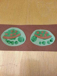 Turtle footprint art :-) Daycare Crafts, Baby Crafts, Crafts To Do, Crafts For Kids, Arts And Crafts, Toddler Art, Toddler Crafts, Footprint Crafts, Handprint Art
