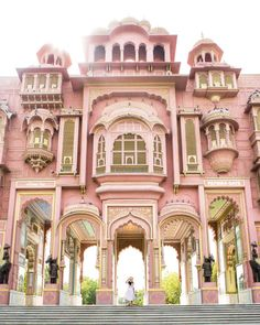 Pink castle in India? Who do I give my money to? Anyone thinking of India for honeymoon? Its on my bucket list! India Architecture, Beautiful Architecture, Beautiful Buildings, Beautiful Places, Colourful Buildings, City Buildings, Pink Castle, Incredible India, Amazing