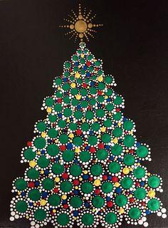 Stone Art Painting, Dot Art Painting, Mandala Painting, Christmas Ornament Template, Christmas Mandala, Mandala Painted Rocks, Christmas Arts And Crafts, Beaded Banners, Mandala Art Lesson