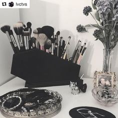 Love this shot of our brush holder! Thank you for the amazing review @lvctvs so glad you love it! #Repost @lvctvs with @repostapp ・・・ All coffin everything. Pt. II.