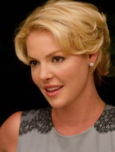 Love Katherine Heigl's Retro Chic Beauty Look