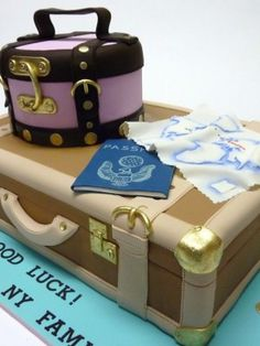 A friend of mine is moving to London and this was the cake I made for her Bon-Voyage party. The pink carry-all and the tan suitcase are ca. Luggage Cake, Suitcase Cake, Beautiful Cakes, Amazing Cakes, Fondant Cakes, Cupcake Cakes, Hat Box Cake, Bon Voyage Party, 80 Birthday Cake