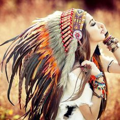Native American Girl iPad 3,4 & Air Wallpaper