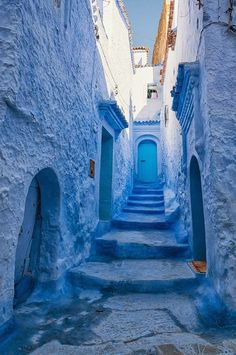 This Old Town In Morocco Is Covered In Blue Paint Chefchaouen, a small town in n. - This Old Town In Morocco Is Covered In Blue Paint Chefchaouen, a small town in northern Morocco, ha - Blue Is The Colour, Love Blue, Blue Dream, Chefchaouen Morocco, Tangier Morocco, Image Bleu, Behind Blue Eyes, Everything Is Blue, Foto Blog