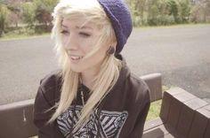 I love her hair scene