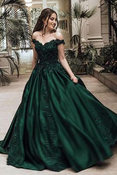 Ball Gown Off Shoulder Sleeveless Floor-Length Lace Satin Long Prom Dresses 41056683522a