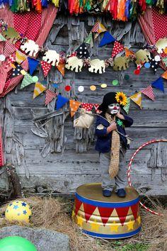 Project Nursery - clown2