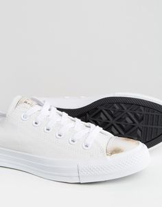 online store 164e6 7b9b6 Converse Chuck Taylor Trainers In White With Metallic Toe Cap