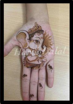 Henna Mehndi Designs Feet, Indian Henna Designs, Mehndi Desing, Mehndi Design Photos, Unique Mehndi Designs, Mehndi Designs For Fingers, Beautiful Henna Designs, Latest Mehndi Designs, Mehndi Images