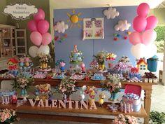 Festa Peppa Pig sempre faz sucesso aqui no blog.Hoje tem mais uma linda decoração!!Imagens Chica Mexerica.Lindas ideias e muita inspiração.Bjs, Fabíola Teles.Mais ideias lindas: Chica Mexerica...