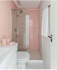 22 Pastel Bathroom Decor Everyone Should Try - Home Decoration Experts Pastel Bathroom, Small Bathroom, Bathroom Grey, Bad Inspiration, Bathroom Inspiration, Plafond Design, Bathroom Cleaning, Dream Rooms, Beautiful Bathrooms