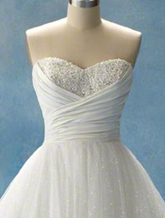 Cinderella sweetheart wedding dress! I've had this dress picked out since 5th grade y'all.. It will be mine.