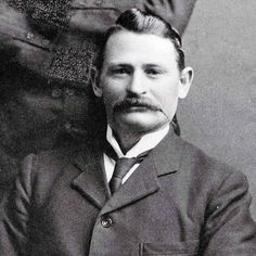 Thomas Cullinan (1862 – 1936), prospector and entrepeneur, established the Premier (Transvaal) Diamond Mining Company in Kimberley, South Africa. It was then the largest diamond mine in the world yielding many of the world's most fanous diamonds including the Cullinan rough weighing 3,106ct.