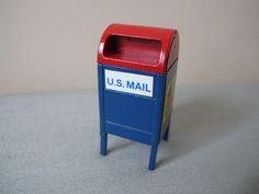 Dept 56 Snow Village USPS Mail box Christmas Village handpainted