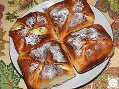 Placinte poale-n brau moldovenesti Romanian Desserts, Ricotta, French Toast, Breakfast, Food, Fine Dining, Kitchens, Morning Coffee, Essen
