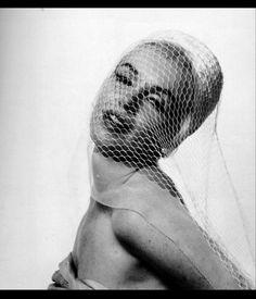 Marilyn Monroe Costume, Marilyn Monroe Makeup, Marilyn Monroe 1962, Marilyn Monroe Quotes, Old Hollywood Stars, Vintage Hollywood, Classic Hollywood, Bert Stern, Norma Jeane