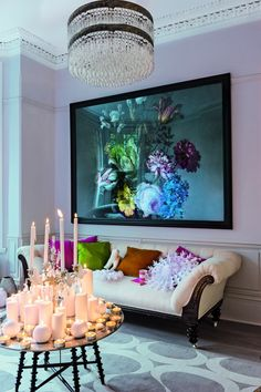 livingetc.nl  How to add drama to a blank wall? Add a bit of statement art. What do you think of this scaled up image from Surface View, which graces a wall of the House of the Month in our January issue, on sale tomorrow?