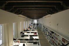 La transformación del Hospital Militar, premiada por la Bienal Española de Arquitectura y Urbanismo. El Independiente de Granada, 10/03/2016 #bibliotecaugr #instalaciones