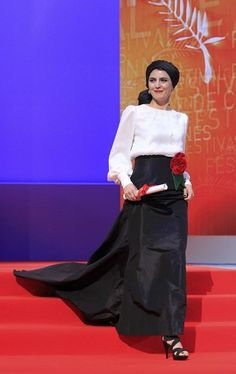 Actress Leila Hatami arrives on stage for the awards ceremony of the 65th Cannes Film Festival, May 27, 2012.
