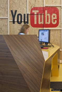 Youtube_Office_in_London_Penson_afflante_com_2 | Busted on FAcebook at work