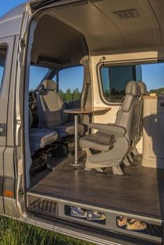 Pretty Photo of Sprinter Van Camper. Most campers have a switch to permit propane use in the camper. A Sprinter van camper has become the most versatile sort of Sprinter RV. Motorhome Sprinter, Kombi Motorhome, Benz Sprinter, Van Conversion Interior, Camper Van Conversion Diy, Van Conversion For Family, Van Life, Kombi Trailer, Van Mercedes