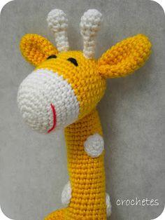 Jirafa amarilla