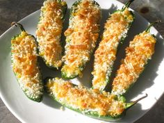 Skinny Jalapeno Poppers with Dip