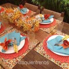aquientrenos's photo on Instagram Mais Table Place Settings, Beautiful Table Settings, A Table, Dining Table, Table Arrangements, Table Toppers, Artisanal, Bunt, Table Decorations