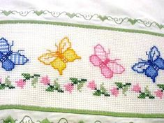 This Pin was discovered by Tre Baby Cross Stitch Patterns, Cute Cross Stitch, Cross Stitch Borders, Hand Embroidery Patterns, Cross Stitch Designs, Cross Stitching, Cross Stitch Embroidery, Embroidery Designs, Butterfly Cross Stitch