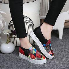 best cheap a35e5 31e13 Aliexpress.com  Comprar 2016 de las mujeres zapatos de plataforma de la  moda de Primavera Otoño elegante Colores Mezclados Clásicos zapatos Casuales  las ...