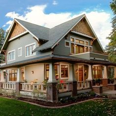 Detailed Craftsman Home: I want this house