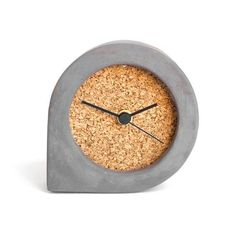 Dark concrete and mediocre black cork clock table clock Cement Design, Cement Art, Concrete Cement, Concrete Furniture, Concrete Crafts, Concrete Projects, Wall Clock Wooden, Wood Clocks, Grey Clocks