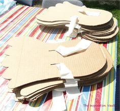 Make these giant Bigfoot Cardboard Feet with this easy, step-by-step tutorial and give kids at your Bigfoot or Sasquatch party a hilarious time! Fun Games, Games For Kids, Diy For Kids, Crafts For Kids, Bigfoot Birthday, Bigfoot Party, Summer Activities, Toddler Activities, Backyard Party Games