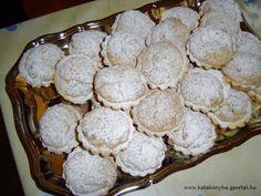 Diós kosárka Mini Tart, Tarts, Muffin, Cookies, Breakfast, Dios, Kuchen, Mince Pies, Crack Crackers