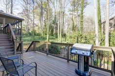 What a great deck remodel from Green Modern @Modernmarietta using Fiberon composite decking.